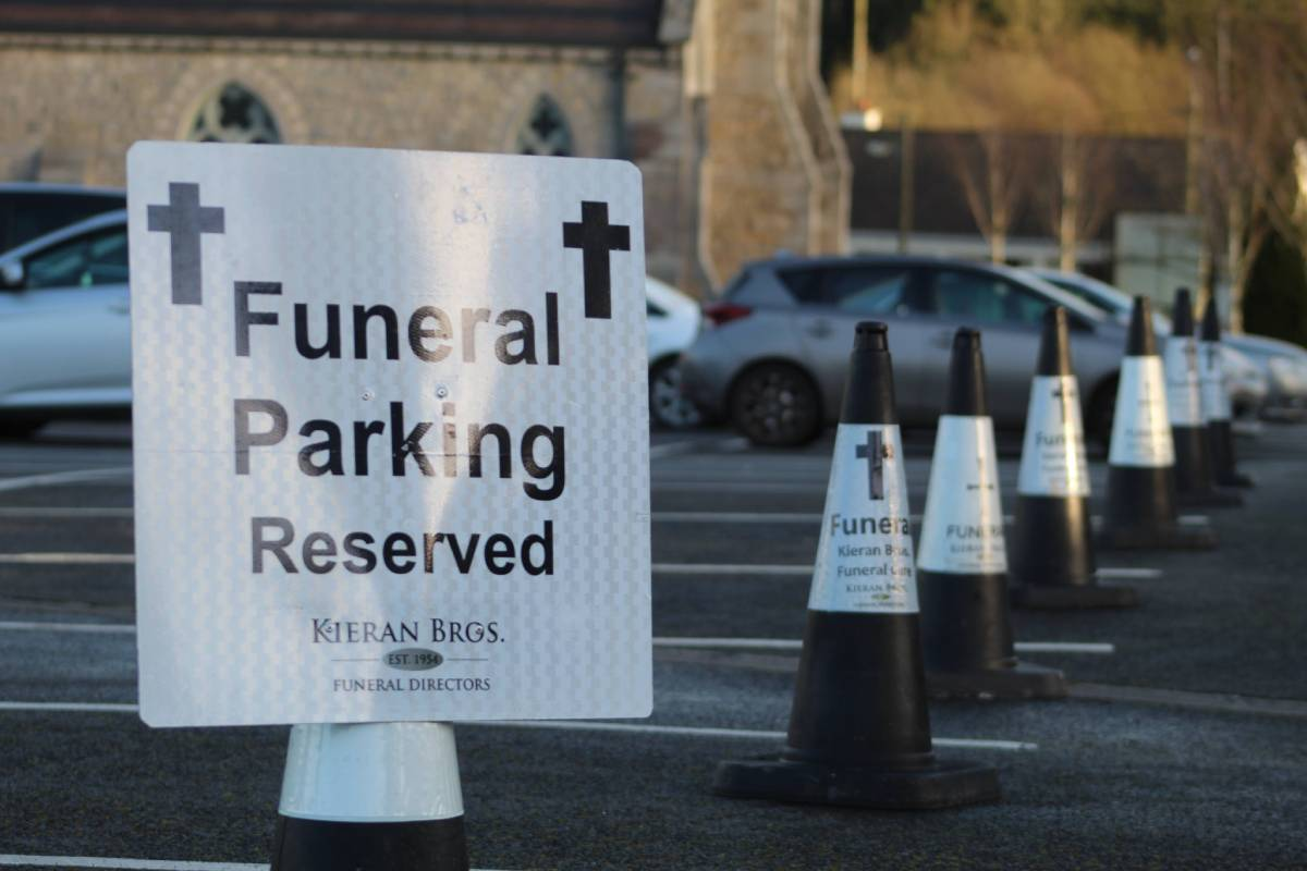 funeral parking01